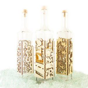 Steklenica v lesu